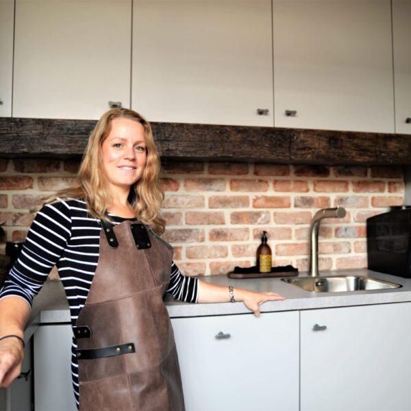 Bakstenen zelf plaatsen in de keuken - industriële stijl.