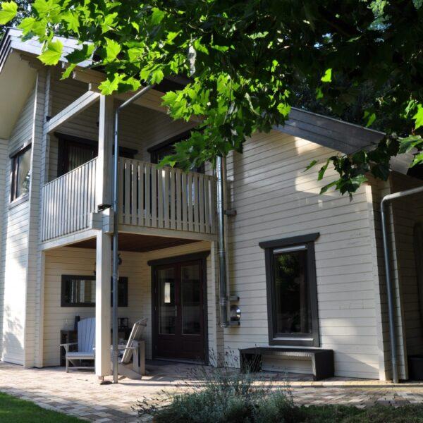 Mogelijk wordt in de toekomst deze villa voorzien van EPS in combinatie met stuc en Steenstrips.