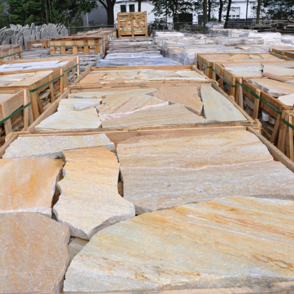 Brasil Yellow Flagstones voorraad - The Flagstone Company