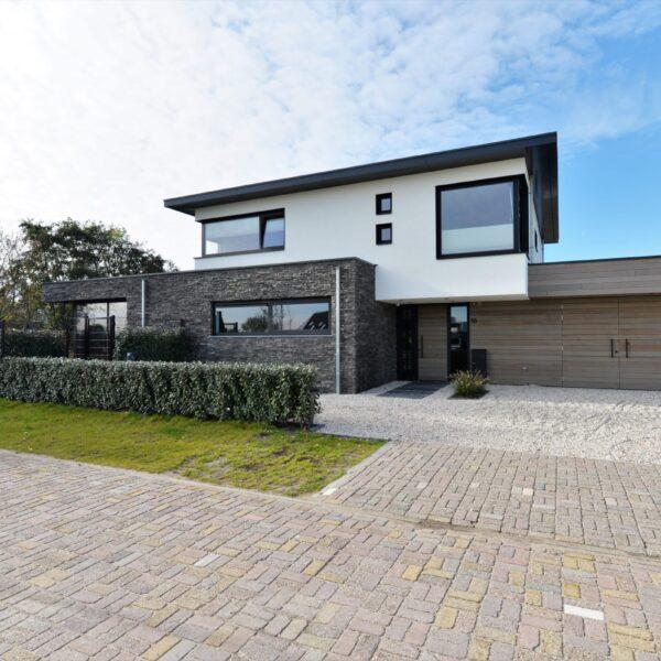 Kubistische villabouw naar ontwerp van Van der Padt Architecten