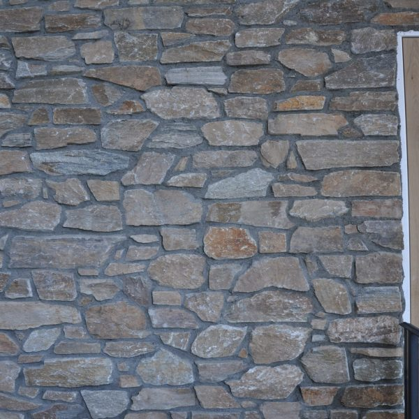 Rocks brons rustiek steenstrips donkere voeg