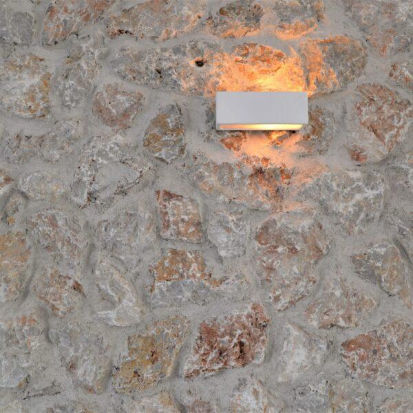 Sfeer van een oude natuurstenen muur.