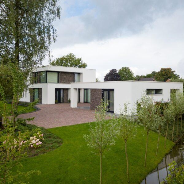 Steenstrips luxe duurzame villa.