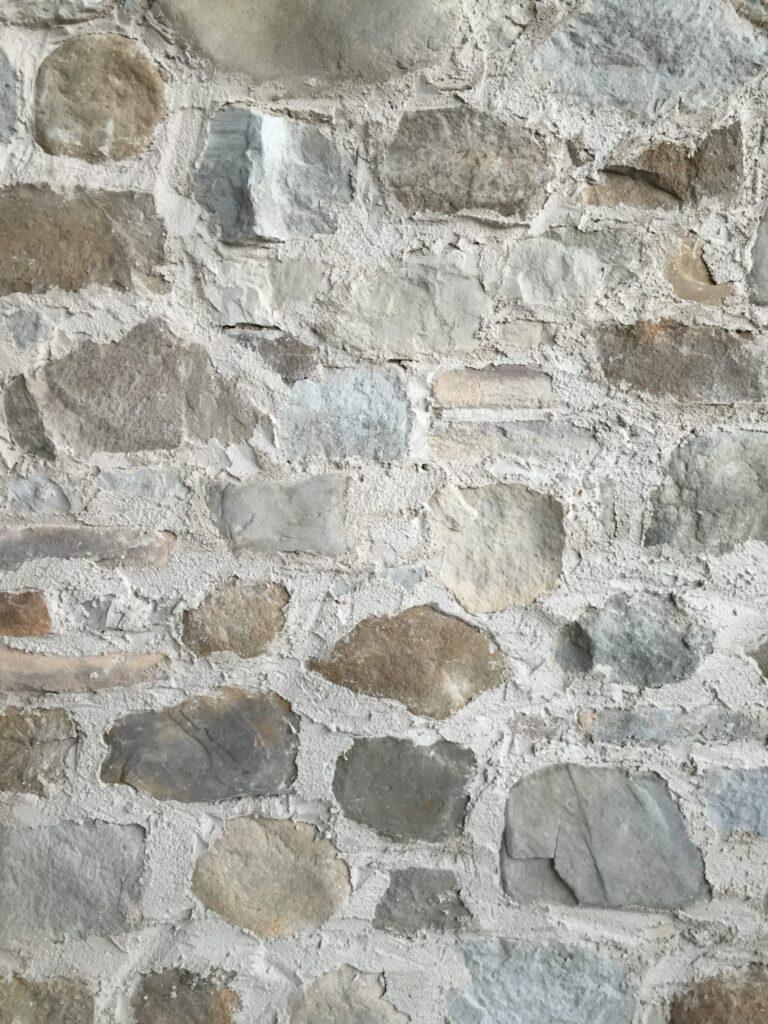 Muren zoals in Zuid-Europa zorgen voor een zeer mooie sfeer. U kunt dit nu eenvoudig zelf realiseren.