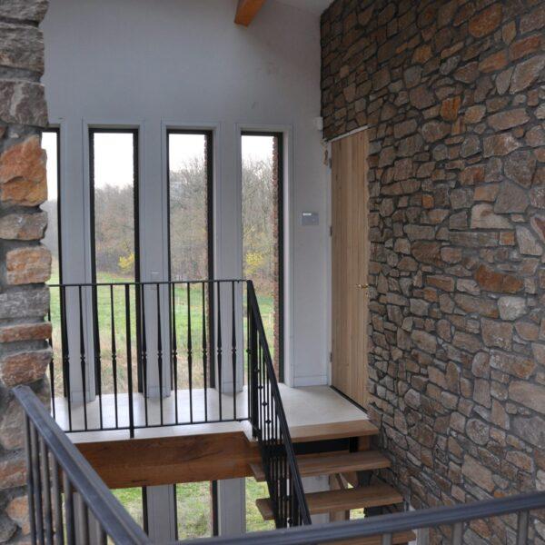 trappenhuis wandbekleding van Steenstrips