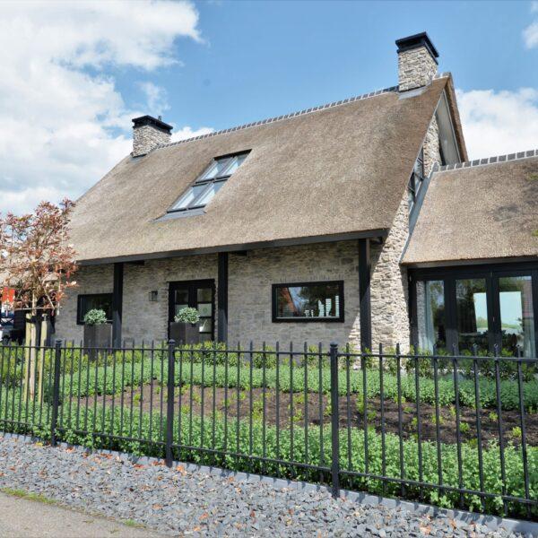 Wandbekleding Natuursteen villa.