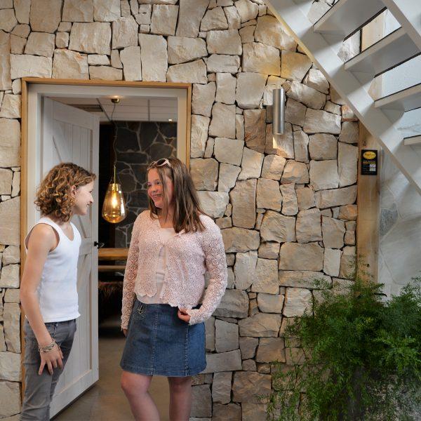 Ibiza Style wand met de Rocks Ibiza