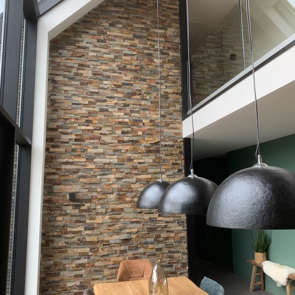 Natuursteenstrips woonkamer