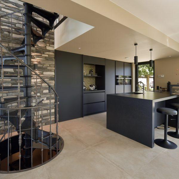 Moderne keuken met Moderno Steenstrips