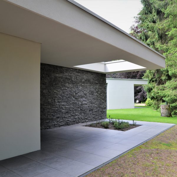 Moderne buitenwand met Geopietra Steenstrips