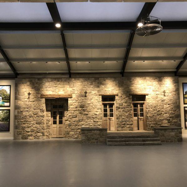 Geopietra Steenstrips Maniero toegepast in de nieuwe showroom
