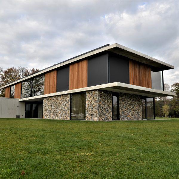 Prachtige kubistische villa liggend in Almelo