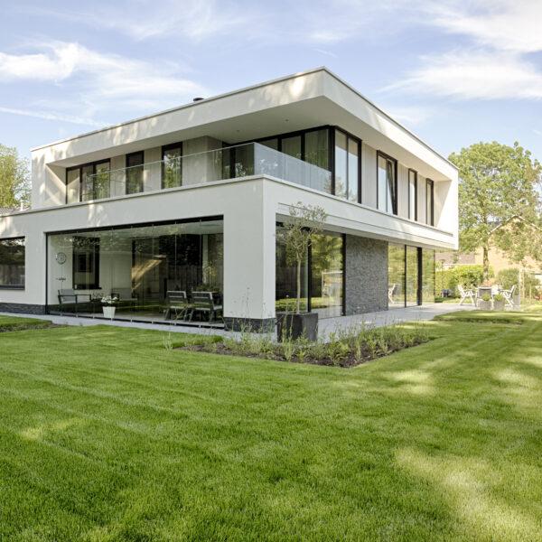 Mooie Zwart Kwartsiet Natuursteenstrips - Copyright: Van der Padt & Partners Architecten